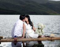 Couple Kiss Romance Relationship  - maoalain / Pixabay