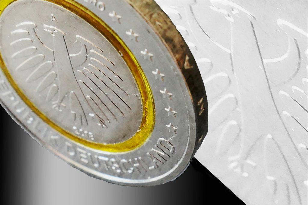 Euro Euro Coin Coin Currency Money  - moritz320 / Pixabay